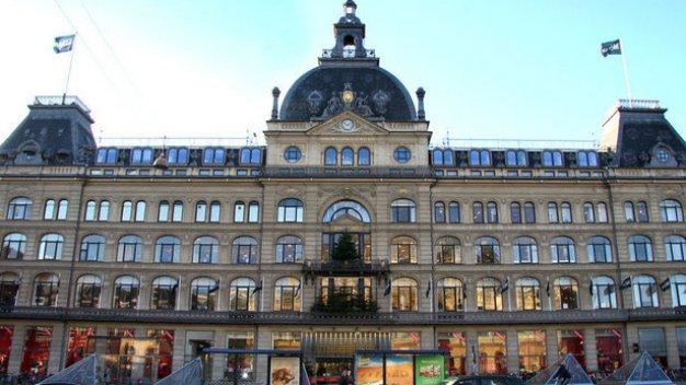 Danish pension funds buy department store property for Pension kopenhagen